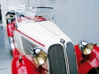Auto  (© EFA MUSEUM AMERANG)