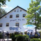 Klostergasthof Maria Eck ©Wikepedia@Benreis